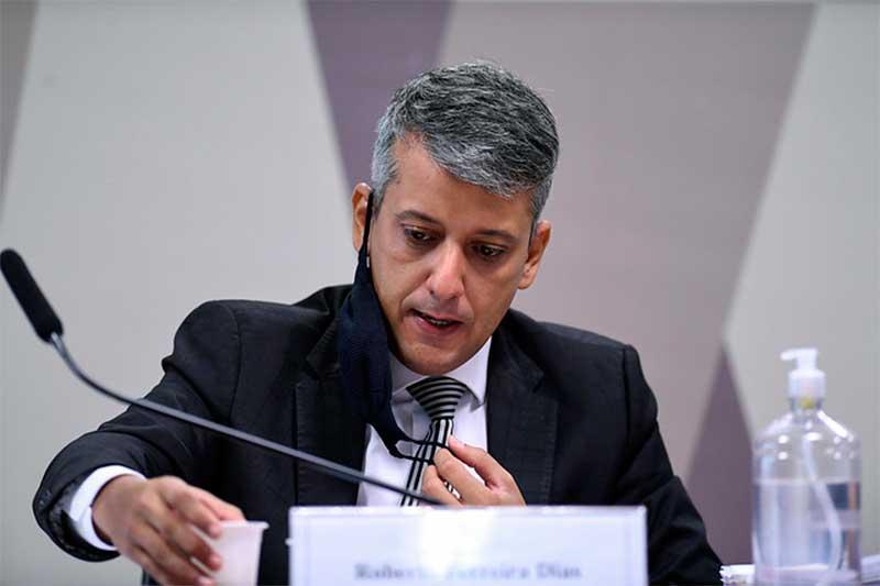 Roberto Ferreira Dias foi detido por ordem do presidente da CPI (Foto: Edilson Rodrigues/Agência Senado)