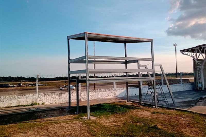 Spotter Point permite ampla visão da pista e de aviões (Foto: Infraero/Divulgação)
