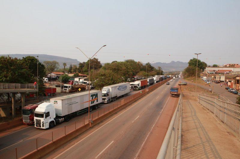 Caminhoneiros parados em Minas Gerais
