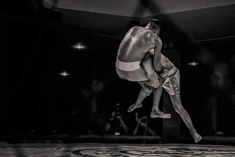 luta de MMA pesos médios