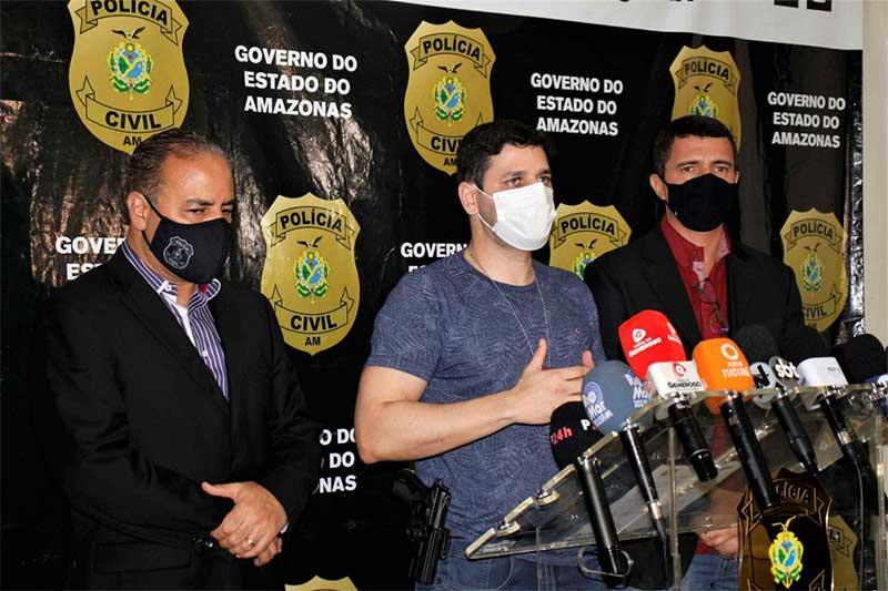 Delegado Denis Pinho disse que suspeito já aplicou golpe em três estados (Foto: Mayara Viana/PC-AM)