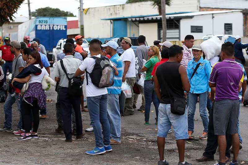 Venezuelanos em Pacaraima-RR: milhares de desabrigados (Foto: Marcelo Camargo/ABr)
